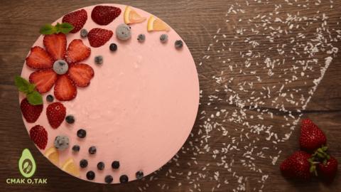 клубничный торт без выпечки.png