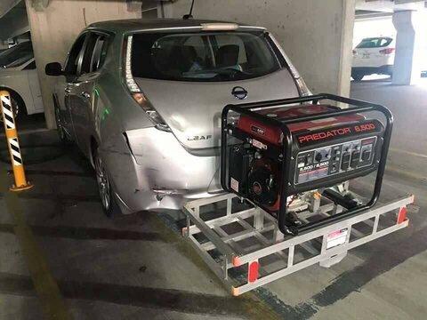 http://img1.safereactor.cc/pics/post/full/электромобиль-Nissan-4678307.jpeg