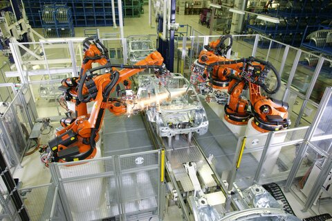 robot-technology-kuka-car-wallpaper-222ea275c2589df5032019135d4d5bc3.jpg