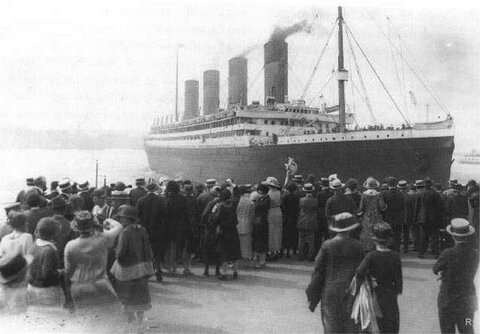 RMS-Olympic-the-sister-ship-to-the-Titanic.jpg