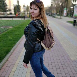 Елена Варзиева