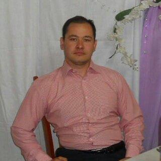 Айнур Ашуров