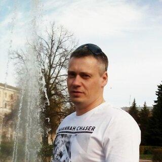 Максим Роганов