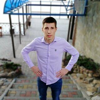 Александр Янов