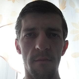 Евгений Левицкий