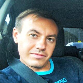 Максим Аювджи