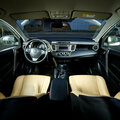 Автомобили: Toyota RAV-4