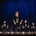 Занятие по уличным танцам: в группе, абонемент на месяц, 8 занятий