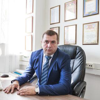 Роман Королев