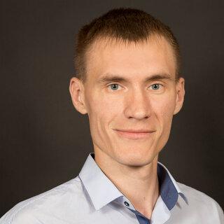 Максим Елисеев