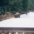 Устройство дорожного покрытия из железобетонных плит