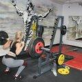 Занятие по тяжелой атлетике: в группе