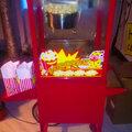 Аренда попкорн-аппарата с официантом