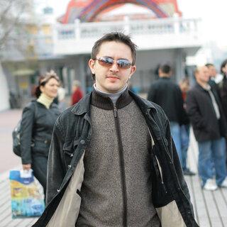 Максим Назаренко