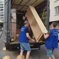 Перевозка мебели с грузчиками