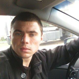 Илья Великотский