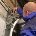 Монтаж автоматики на секционные ворота с электрическим приводом