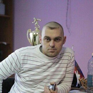 Анатолий Калашников