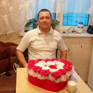 Максим Быстров