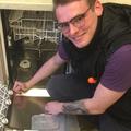 Максим Белецкий, Ремонт: не отмывает посуду в Колпино