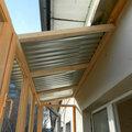 Монтаж крыш на балконы