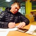 Руслан Поспелов, Кладка кирпича в Чкаловском районе