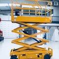 Аренда аккумуляторных самоходных подъёмников для работ на территории склада.