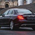 Пассажирские перевозки: Mercedes-Benz e-class