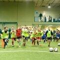 1 месяц  тренировок в футбольной школе для детей