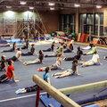 Занятие по акробатике