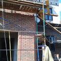 Строительство дома из пеноблока, кирпича