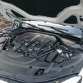 Вскрытие капота автомобиля