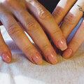 Покрытие ногтей на руках биогелем