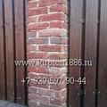 Забор из старинного кирпича