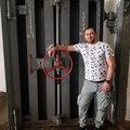 Виталий Григорьев, Демонтаж входных дверей в Пресненском районе