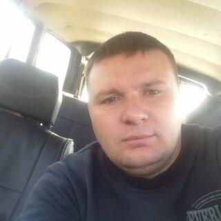 Иван Харенков